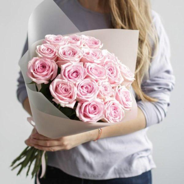 Букет комплимент 7 роз (по цвету) - Розовый